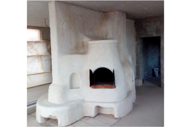 (craftsman, ceramist) – chimney manufacture / the oven